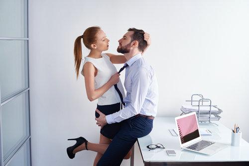欧美办公室性爱15p�_办公室性爱的秘密