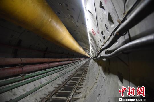 谭海燕 嫩江/核心提示:嫩江盾构工程是中俄原油管道二线工程的控制性工程...