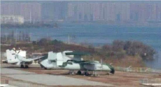 世界最大舰载预警机可从航母滑跃起飞 中国因何弃购(图)