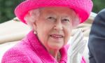 英国女王现身赛马会 玫红礼服太抢眼