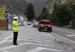通往茂县灾区公路全线畅通 应急便道推进300米