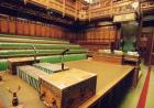 神秘的英国下议院,议员每天居然还要占座!