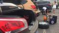 连霍高速洛阳段惊现铁钉 多辆车轮胎被扎