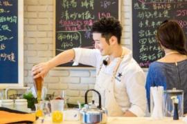 黄晓明《中餐厅》与赵薇