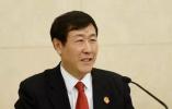 他是中国首批大法官之一正部级中央委员,却恳请中央提前1年免职