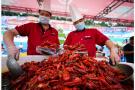 杭州人一年吃掉上万吨小龙虾 背后隐藏了这些秘密