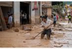 云南麻栗坡灾区交通电力和饮水基本恢复