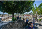 """印尼地震灾区:当地人用中文说""""谢谢你"""""""