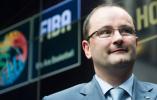 国际篮联秘书长鲍曼因心脏病不幸离世 曾来南京考察赛场