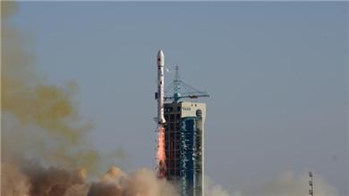 酒泉 我国成功发射6颗云海二号卫星