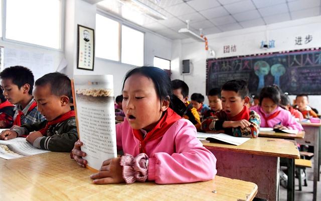 教育優先 為教育扶貧的中國方案點讚